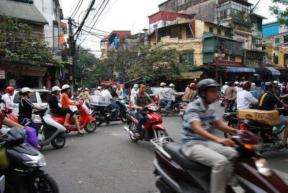 motorbikes, traffic