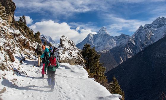 Image may contain: Mountainous landforms, Mountain, Mountain range, Mountaineering, Snow.